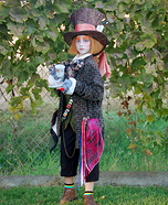 Mad Hatter Costume for a Girl