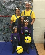 Despicable Me Minions Family Costume