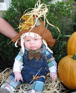 Costume ideas for baby's first Halloween - Mommy's Little Scarecrow Costume