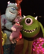 Fun family Halloween costume ideas - Monsters Inc. Family Homemade Costume