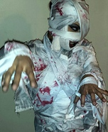Adult Mummy Costume DIY