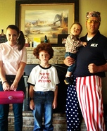 Family costume ideas - Napoleon Dynamite Family Costume