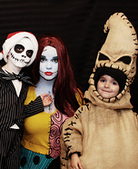 Fun family Halloween costume ideas - The Nightmare Before Christmas Family Costume