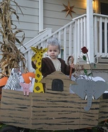 DIY baby costume ideas: Noah and his Ark Baby Costume