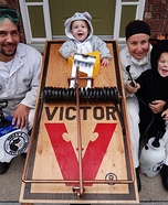 Parent and baby costume ideas - Pest Control Family Costume