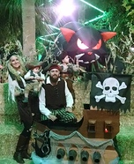 DIY Pirates Family Costumes