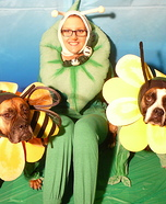 Costume ideas for pets and their owners: Pollination or Pawlination Costume