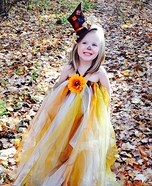 Halloween costume ideas for girls: Pretty Scarecrow Homemade Costume