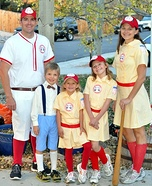 Rockford Peaches Family Costume