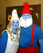 Couples Halloween costume idea: Papa Smurf and Smurfette Couples Costume
