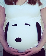 Costume ideas for pregnant women - Snoopy Pregnancy Costume