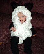 Costume ideas for baby's first Halloween - DIY Baby Lamb Costume