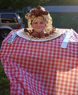 Spaghetti and Meatballs Costume for Girls