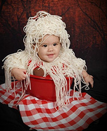DIY baby costume ideas: Baby Spaghetti and Meatballs Costume