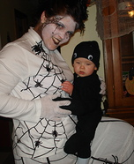 DIY matching costumes for babies and parents - Spider and Web Halloween Costume