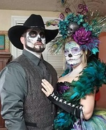 Coolest couples Halloween costumes - Sugar Skulls Costume