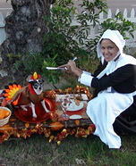 Costume ideas for pets and their owners: Thanksgiving Turkey and The Hungry Pilgrim