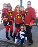 Family costume ideas - The Incredibles Family Costume