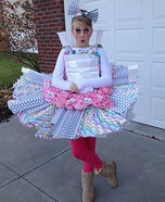 Halloween costume ideas for girls: Paper Doll Homemade Costume