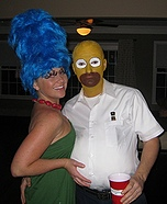 Couples Halloween costume idea: Marge and Homer Simpsons Costume