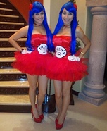 Creative DIY Costume Ideas for Women - Thing 1 & Thing 2 Halloween Costume