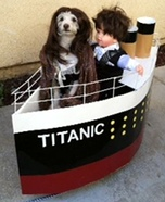 Creative costume ideas for dogs: Titanic Dog Costume