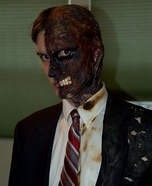Scary Halloween costume ideas - Two-Face Costume