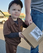 UPS Delivery Costume