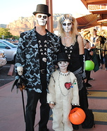 Family costume ideas - Voodoo Family Costume