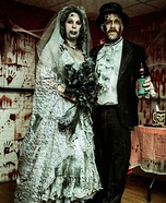 Zombie Bride and Groom Couple Costume