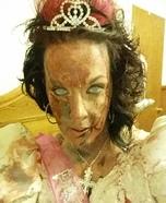 DIY Zombie Prom Queen Costume
